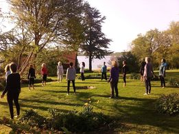 Yogini retreat med meditativ yoga (kun for kvinder) | 6. - 8. april 2018